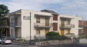 Battiati via Bellini/Mazzini 4 vani con garage