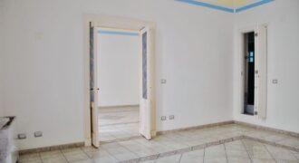 Catania Centro Storico Appartamento di Due Grandi Vani